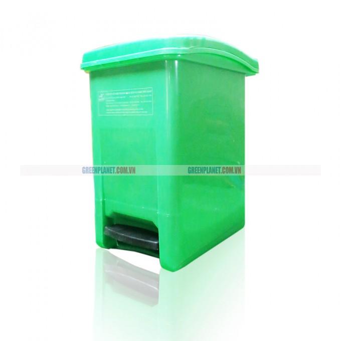 Thùng rác nhựa đạp chân 15L