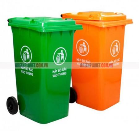 Thùng rác công cộng có bánh xe