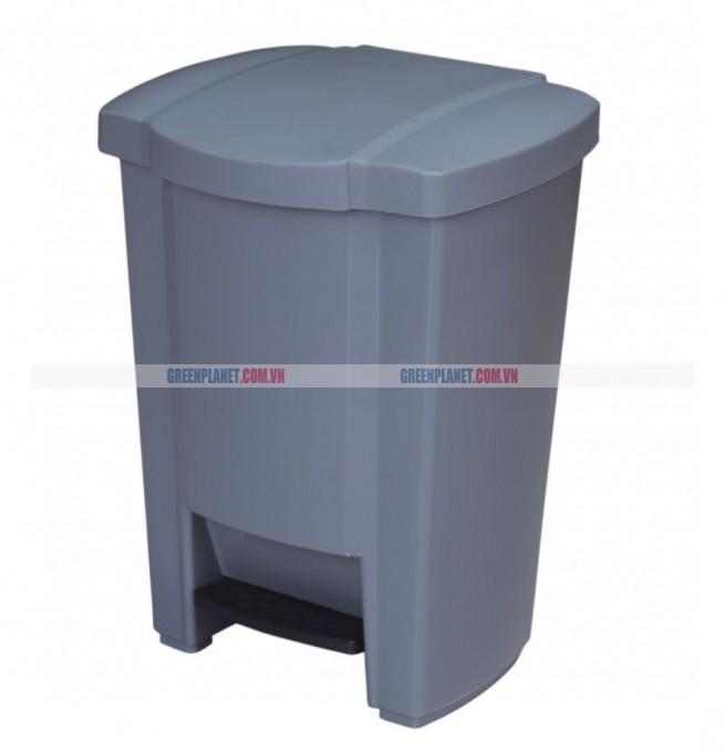 Thùng rác nhựa có nắp đạp chân nhập khẩu