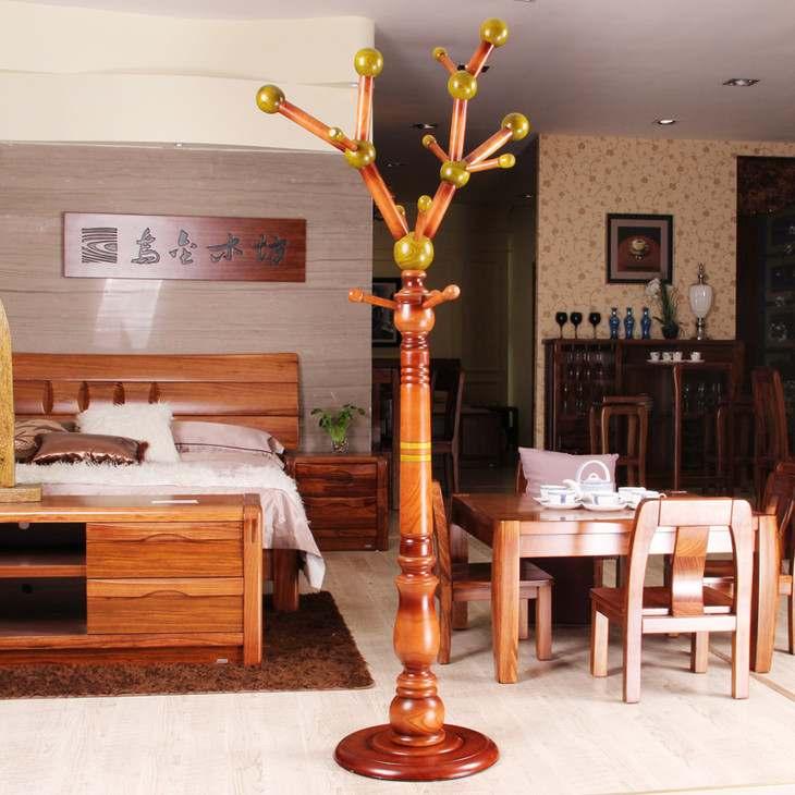 cây móc quần áo bằng gỗ