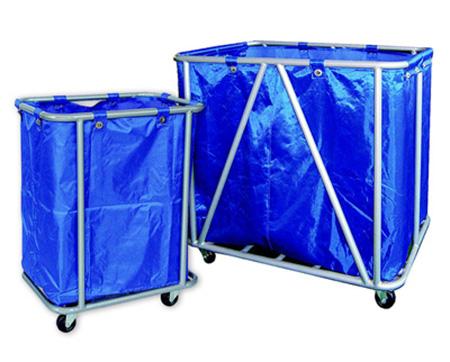 Xe đẩy đồ giặt là loại to nhỏ