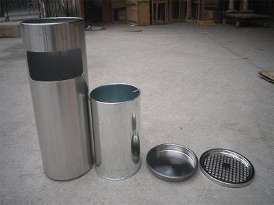 thùng rác inox có gát tàn thuốc lá A35-A